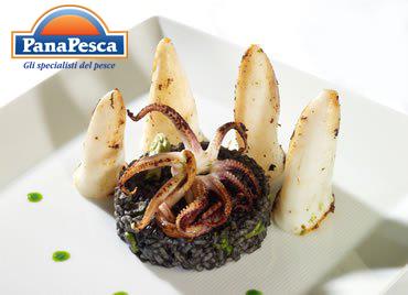 RICETTE PANAPESCA: calamaro al riso nero