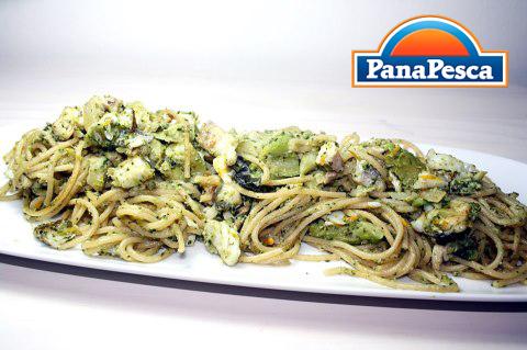 RICETTE PANAPESCA: spaghetti con branzino e broccoli
